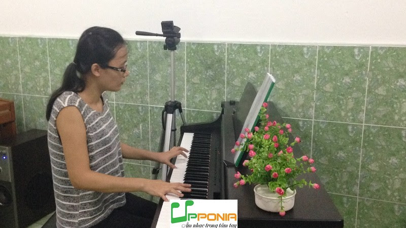 Quỳnh Giao Q1 - Piano nâng cao Upponia