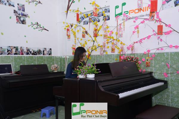 Quỳnh Như - Lớp học piano người lớn tại Trung Tâm Âm Nhạc Upponia