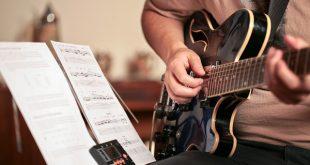 học đàn guitar solo nhanh nhất thủ đức - Trung tâm âm nhạc Upponia
