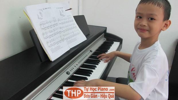 Bé Triệu Vĩ - Lớp piano trẻ em Thủ Đức