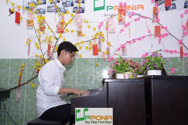Hồng Sơn - Lớp piano Thủ Đức tại tại Trung Tâm Âm Nhạc Upponia