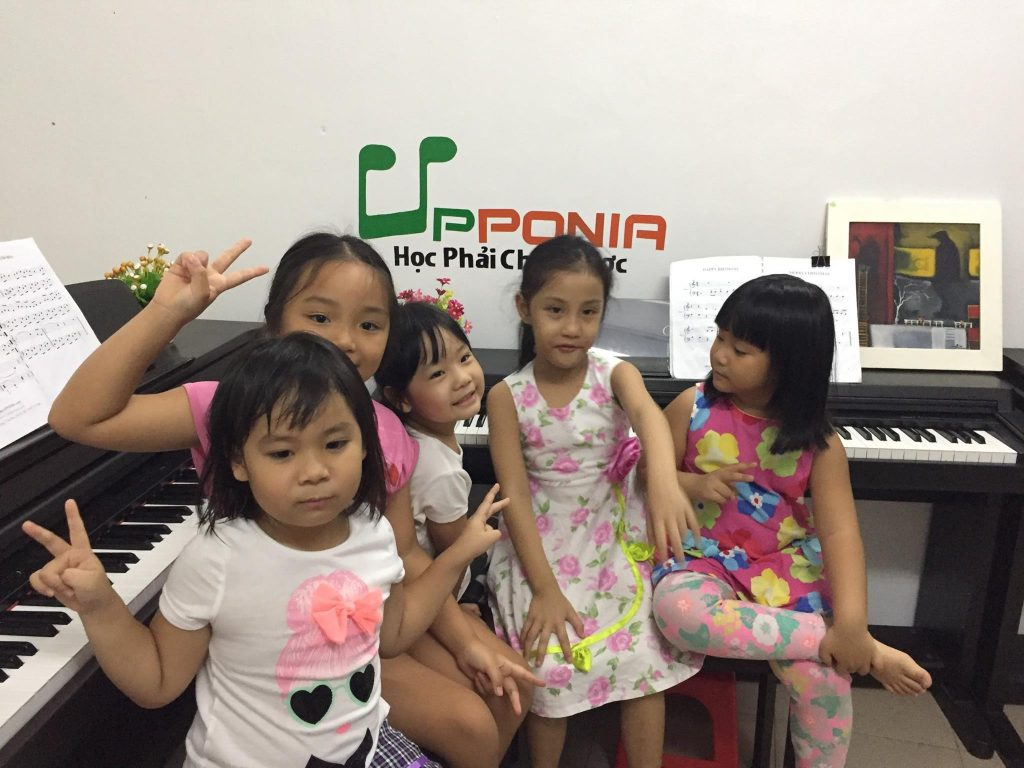 tự học đàn organ cho bé hiệu quả - trung tâm âm nhạc Upponia