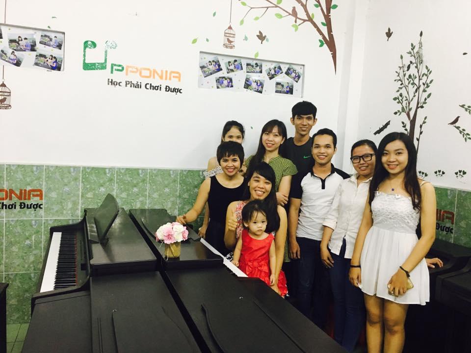 Trung tâm âm nhạc Upponia - Tự học piano, organ tại nhà